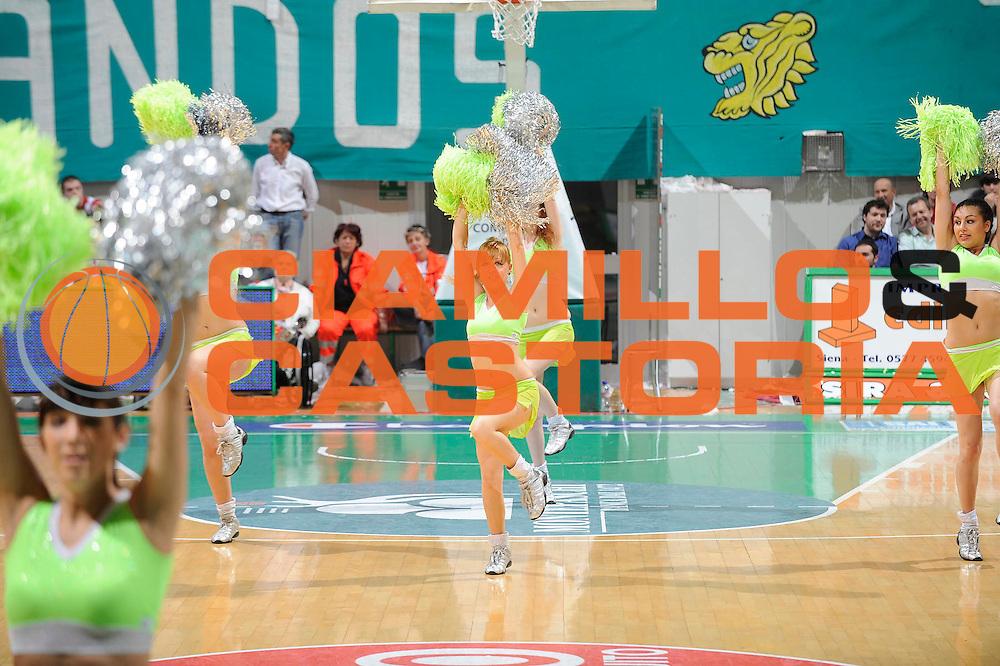 DESCRIZIONE : Siena Lega A 2008-09 Playoff Semifinale Gara 3 Montepaschi Siena Benetton Treviso<br /> GIOCATORE : Cheerleaders<br /> SQUADRA : Montepaschi Siena<br /> EVENTO : Campionato Lega A 2008-2009 <br /> GARA : Montepaschi Siena Benetton Treviso<br /> DATA : 03/06/2009<br /> CATEGORIA : Ritratto<br /> SPORT : Pallacanestro <br /> AUTORE : Agenzia Ciamillo-Castoria/G.Ciamillo