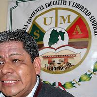 TOLUCA, Mex - Luis Zamora Calzada, secretario General del Sindicato Unificado de Maestros y Academicos del Estado de Mexico (SUMAEM)en conferencia de prensa dijo que tras casi cinco años de haber gestionado su registro ante autoridades estatales, el Tribunal Estatal de Conciliacion y Arbitraje les fue otorgada la Toma de Nota, con lo cual quedan legalmente constituidos.   Agencia MVT / Jose Hernandez.