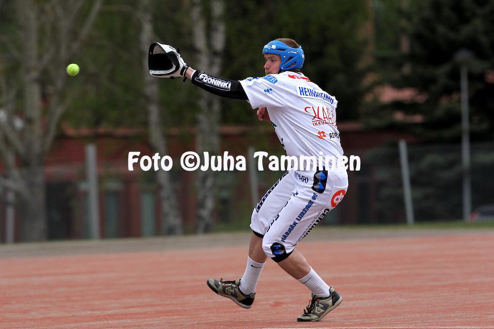 15.5.2011, Nurmo, Sein?joki..Superpesis 2011, Nurmon Jymy - Sotkamon Jymy..Henri Hein?heimo - Nurmo.