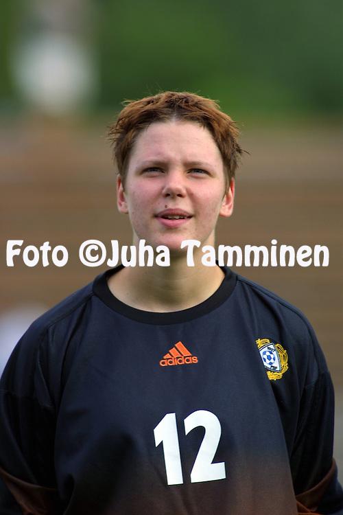 24.07.2002, Urheilupuisto, Turku, Finland..Open Nordic Tournament for Women Under-21,.Finland v Greece..Liisa Luoto - Finland.©Juha Tamminen