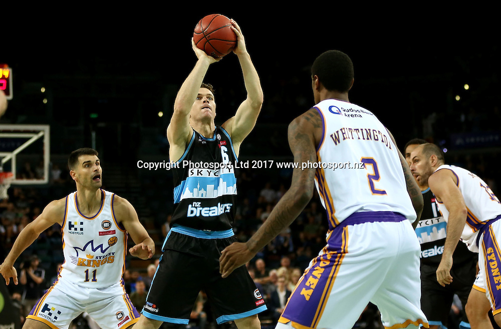 Breakers` Kirk Penney in an ANBL Basketball Match, New Zealand Breakers v Sydney Kings, Vector Arena, Auckland, New Zealand, Friday, January 13, 2017. Copyright photo: David Rowland / www.photosport.nz