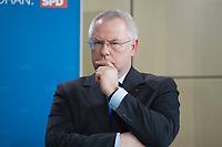 06 APR 2014, BERLIN/GERMANY:<br /> Norbert Bude, SPD, Oberbuergermeister von Mönchengladbach, SPD-Regierungskonferenz, Akademie der Künste<br /> IMAGE: 20140406-01-079