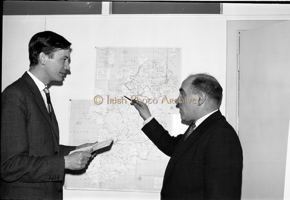 04/03/1964<br /> 03/04/1964<br /> 04 March 1964<br /> Smith Kline and French Laboratories personnel at Smith Kline and French Laboratories Ltd, Ashgrove, Dun Laoghaire Co. Dublin. Picture shows Mr. J. Keough and Mr. K. Quinn.