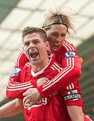 04-04-2010 VOETBAL: BIRMINGHAM CITY - LIVERPOOL: BIRMINGHAM<br /> Captain Steven Gerrard viert zijn doelpunt met Fernando Torres<br /> ©2010-FRH-nph / D. Rawcliffe