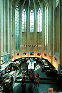 NLD, Netherlands, Maastricht, Selexyz Dominicanen Bookstore inside the Dominicanenkerk (Dominican Church), the church dates from the 13th century and is one of the oldest Gothic churches in the Netherlands, where once was the altar is now the cafe Coffeelovers. -..NLD, Niederlande, Maastricht, Buchhandlung Selexyz Dominicanen in der ehemaligen Dominikanerkirche, die Kirche stammt aus dem 13. Jahrhundert und ist eine der aeltesten gotischen Kirchen der Niederlande, wo einst der Altar stand ist heute das Lesecafe Coffeelovers.