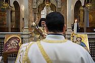 Roma, 15/02/2015: Basilica di Santa Maria in Cosmedin celebrazione per la pace in Siria, in Iraq e in Medio Oriente - Basilica Santa Maria in Cosmedin, celebration for peace in Syria, Iraq and the Middle East