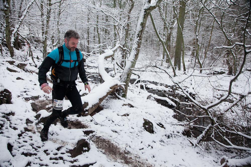 Salomon Hammer Trail Winter Edition på Bornholm består af 4 løb, 50 miles, maraton, 1/2 maraton og 10 km. De første løbere startede kl 6 og den sidste løber var inde efter 15 timer og 14 minuter. Løbene løbes på en rute på ca 25 km som inkluderer 860 højdemeter og er et af Danmark's hårdeste trail løb. Løberne skal ned og ringe på klokken på Jon's Kapel, forbi Hammer Hus og over Hammer Knude. Over 100 løbere gennemførte løbet indenfor tidsgrænsen, som for 50 mil var sat til 16 timer.