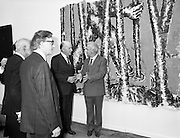 19/08/1988<br /> 08/19/1988<br /> 19 August 1988<br /> Opening of ROSC '88 at the Guinness Hop Store, Dublin. President Patrick Hillery who officially opened the exhibition listens intently as Patrick Murphy, ROSC Chairman, explains an exhibit, with Harry Byrne (left)  Financial Director, Guinness Ireland.