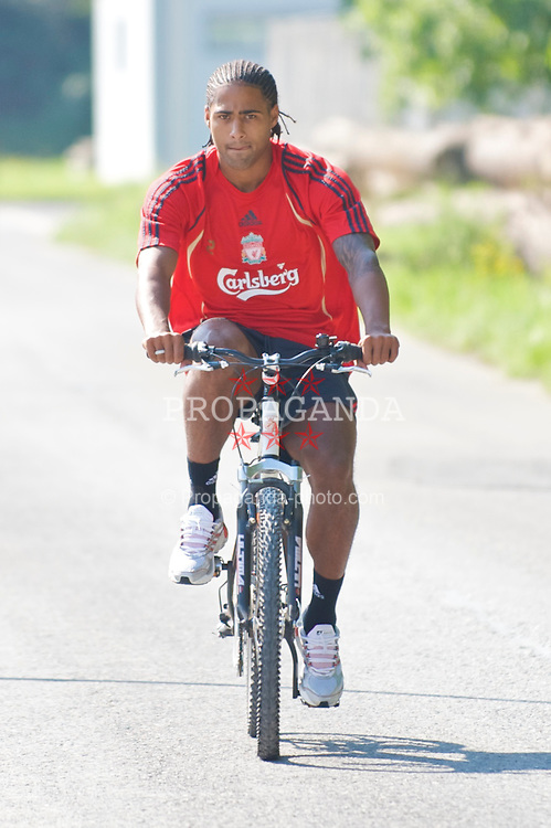 BAD RAGAZ, SWITZERLAND - Thursday, July 16, 2009: Liverpool's Glen Johnson arrives for training at the Gemeinde Sportplatz in Bad Ragaz on a bicycle during the team's preseason training camp. (Pic by David Rawcliffe/Propaganda)