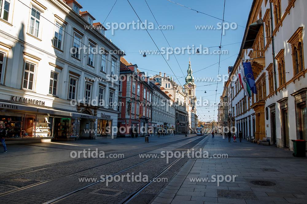 """THEMENBILD - Die leere Herrengasse in Graz in Folge des Coronavirus-Ausbruchs in Österreich, aufgenommen am 15.03.2020 in Graz, Österreich // Empty streets at the """"Herrengasse"""" as a result of the coronavirus outbreak in Austria, on 2020/03/15 in Graz, Austria. EXPA Pictures © 2020, PhotoCredit: EXPA/ Erwin Scheriau"""