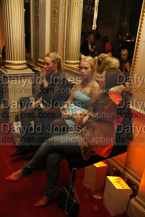Mabel Holland, Mary Charteris and Rosie Holland, Biba after-show party organised by Quinessentially.  Royal Duchess Palace, 16 Mansfield Street, London W1. 19 September 2006.  ONE TIME USE ONLY - DO NOT ARCHIVE  © Copyright Photograph by Dafydd Jones 66 Stockwell Park Rd. London SW9 0DA Tel 020 7733 0108 www.dafjones.com