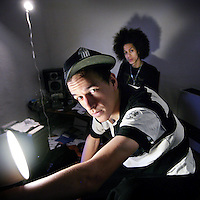 Nederland, Utrecht,22 oktober 2008..Rap, Hip hopper Colin Benders alias Kyteman met op de achtergrond rapper Unorthadox.