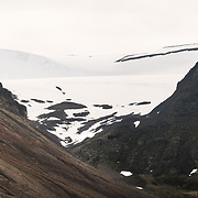 Mine 2B, Sarkofagen Mountain on right, and Larsbreen Glacier in between.