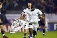 Fotball<br /> UEFA Champions League 2003/2004<br /> 21.10.2003<br /> Anderlecht v Celtic<br /> Foto: Digitalsport<br /> Norway Only<br /> <br /> BUXELLES BRUSSELS BRUSSEL 21/10/2003 FOOTBALL VOETBAL / UEFA CHAMPIONS LEAGUE : RSCA ANDERLECHT vs CELTIC GLASGOW FC / IVICA MORNAR / DINDANE ARUNA<br /> PICTURE : VINCENT KALUT - PHILIPPE CROCHET - JIMMY BOLCINA