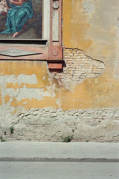 Walking through Reggio Emilia, Reggio Emilia, Italy, 2011