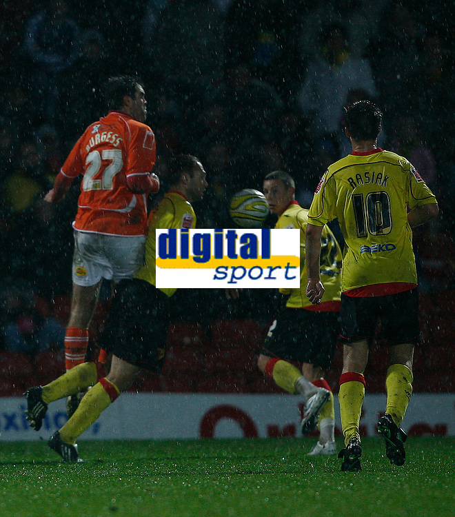 Photo: Richard Lane/Richard Lane Photography. Watford v Blackpool. Coca Cola Championship. 01/11/2008. Ben Burgess  (L) commits the foul leading to the Watford penalty