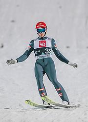 09.03.2020, Lysgards Schanze, Lillehammer, NOR, FIS Weltcup Skisprung, Raw Air, Lillehammer, Herren, im Bild Philipp Aschenwald (AUT) // Philipp Aschenwald of Austria during men's 2nd Stage of the Raw Air Series of FIS Ski Jumping World Cup at the Lysgards Schanze in Lillehammer, Norway on 2020/03/09. EXPA Pictures © 2020, PhotoCredit: EXPA/ JFK