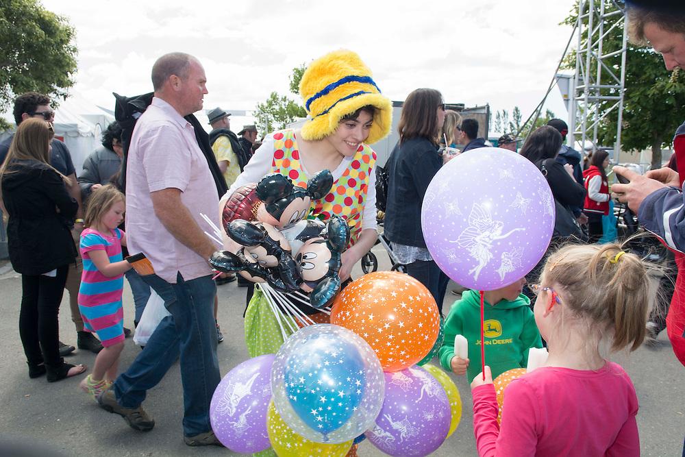 A fairground seller at the Canterbury A&amp;P Show, Christchurch, New Zealand, Friday, 13 November, 2015.<br /> Credit:SNPA / David Alexander
