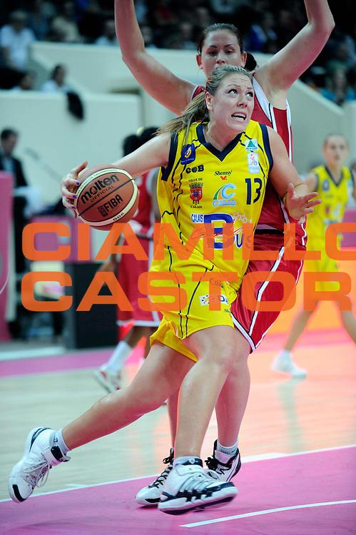 DESCRIZIONE : Ligue Feminine de Basket Ligue 1 Journee &agrave; Paris<br /> GIOCATORE : ARDOSSI Brigitte<br /> SQUADRA : Calais<br /> EVENTO : Ligue Feminine 2010-2011<br /> GARA : Calais Mondeville<br /> DATA : 16/10/2010<br /> CATEGORIA : Basketbal France Ligue Feminine<br /> SPORT : Basketball<br /> AUTORE : JF Molliere par Agenzia Ciamillo-Castoria <br /> Galleria : France Basket 2010-2011 Action<br /> Fotonotizia : Ligue Feminine de Basket Ligue 1 Journee &agrave; Paris<br /> Predefinita :