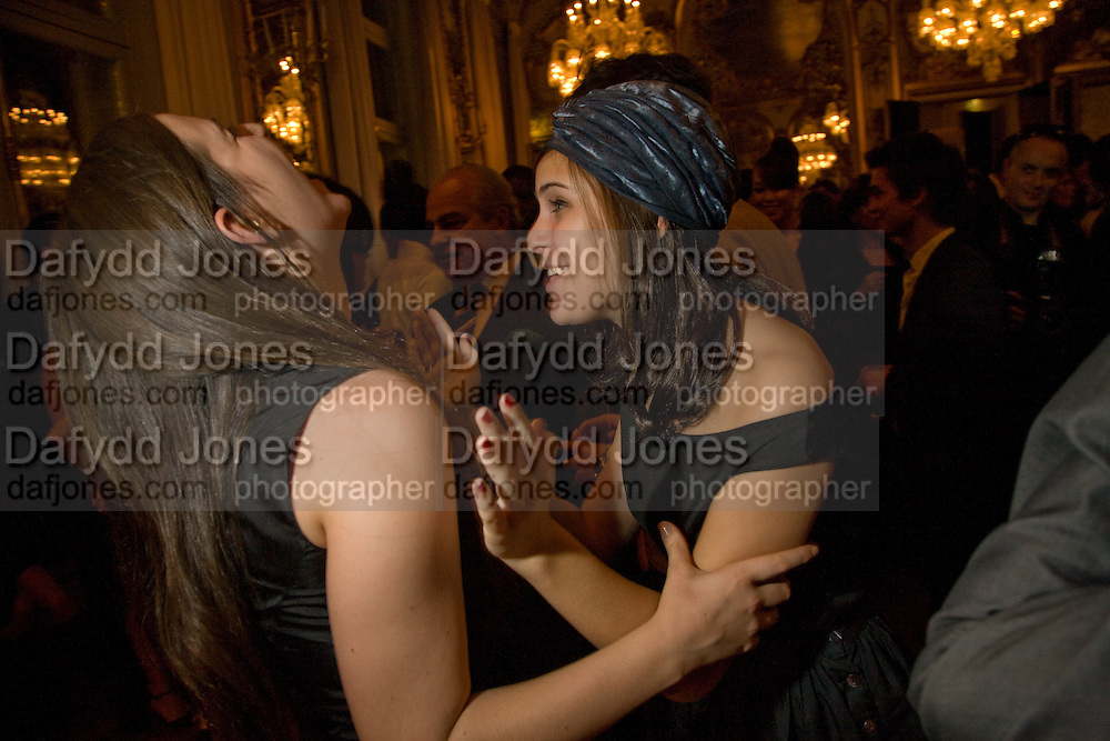 SCOUT WILLIS; TALLULAH WILLIS,  Drinks the evening before the The 2008 Crillon Debutante Ball. Baccarat. Place des Etats-Unis.  Paris. 29 November 2008. *** Local Caption *** -DO NOT ARCHIVE-© Copyright Photograph by Dafydd Jones. 248 Clapham Rd. London SW9 0PZ. Tel 0207 820 0771. www.dafjones.com.