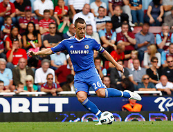 11.09.2010, Boleyn Ground Upton Park, London, ENG, PL, West Ham United vs FC Chelsea, im Bild Chelsea's John Terry. Barclays Premier League West Ham United v Chelsea. EXPA Pictures © 2010, PhotoCredit: EXPA/ IPS/ Kieran Galvin +++++ ATTENTION - OUT OF ENGLAND/UK +++++ / SPORTIDA PHOTO AGENCY