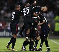 Fotball, 13. september 2005, Campions League, Lyon - Real Madrid 3-0,<br /> JOY LYON AFTER THE JUNINHO'S GOAL til venstre Jon Carew<br /> NORWAY ONLY