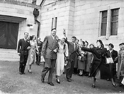 8/10/1952<br />