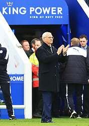 Leicester City Manager Claudio Ranieri applauds his players - Mandatory by-line: Matt McNulty/JMP - 24/04/2016 - FOOTBALL - King Power Stadium - Leicester, England - Leicester City v Swansea City - Barclays Premier League
