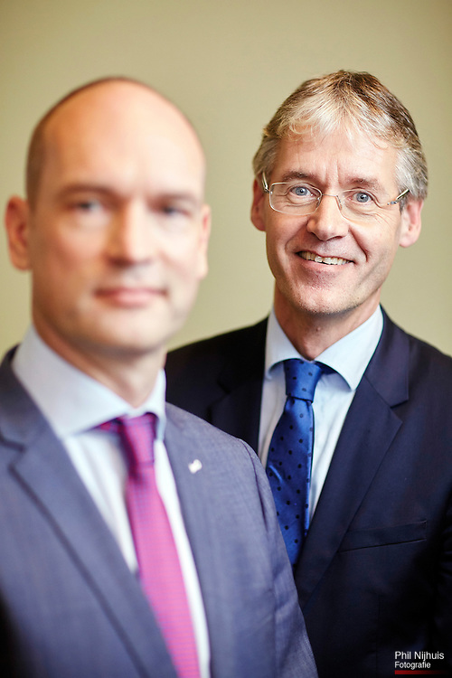Den Haag, 10 november 2015 - Dubbelportret Gert-Jan Segers en Arie Slob. Fractievoorzitter Arie Slob maakte bekend dat hij opstapt als fractievoorzitter en Gert Jan Segers volgt hem op.<br /> Foto: Phil Nijhuis