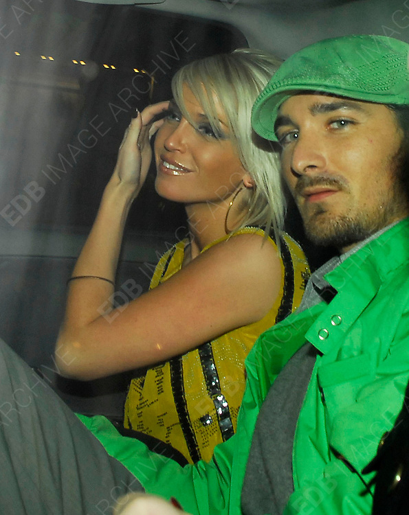 02.08.2006. LONDON<br /> <br /> SARAH HARDING ARRIVING AT MO MO&rsquo;S RESTAURANT WITH NEW BOYFRIEND JOE MOTT<br /> <br /> BYLINE: EDBIMAGEARCHIVE.CO.UK<br /> <br /> *THIS IMAGE IS STRICTLY FOR UK NEWSPAPERS AND MAGAZINES ONLY*<br /> *FOR WORLD WIDE SALES AND WEB USE PLEASE CONTACT EDBIMAGEARCHIVE.CO.UK - 0208 954 5968*
