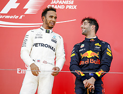 October 8, 2017 - Suzuka, Japan - Motorsports: FIA Formula One World Championship 2017, Grand Prix of Japan, .#44 Lewis Hamilton (GBR, Mercedes AMG Petronas Formula One Team), #3 Daniel Ricciardo (AUS, Red Bull Racing) (Credit Image: © Hoch Zwei via ZUMA Wire)