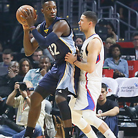 09 November 2015: Memphis Grizzlies forward Jeff Green (32) posts up Los Angeles Clippers guard Austin Rivers (25) during the Los Angeles Clippers 94-92 victory over the Memphis Grizzlies, at the Staples Center, in Los Angeles, California, USA.