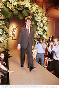 Yves St. Laurent. YSL, couture. July Ô98. Hotel Intercontinental, Paris. 7/22/98. © Copyright Photograph by Dafydd Jones 66 Stockwell Park Rd. London SW9 0DA Tel 020 7733 0108 www.dafjones.com