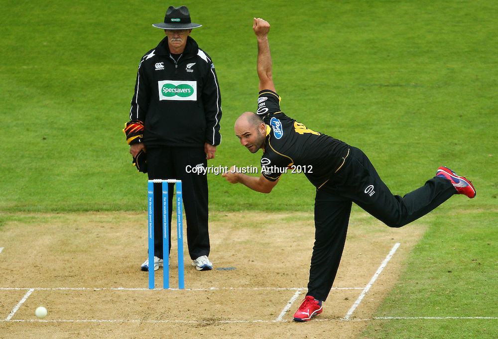 Luke Woodcock in action during the 2012/2013 HRV Cup Twenty20 session. Wellington Firebirds v Central Stags at the Basin Reserve, Wellington, New Zealand on Wednesday 26 December 2012. Photo: Justin Arthur / photosport.co.nz