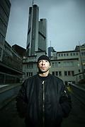 Frankfurt/Main 24.01.2008 Der Rapper Azad vor der Frankfurter Skyline copyright: Alex Kraus<br /> <br /> <br /> <br /> Alex Kraus // Windmuehlstr. 07  // 60329 Frankfurt // tel. 0049163 2525181 // alex@kapix.de LOK
