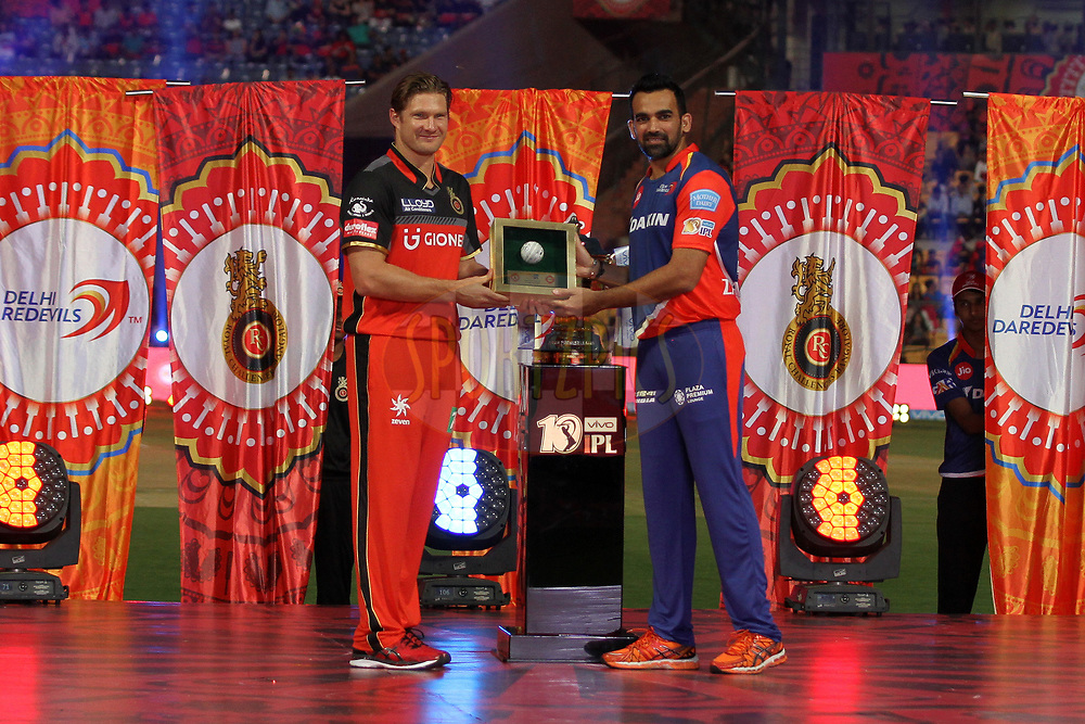 Shane Watson captain of Royal Challengers Bangalore and Zaheer Khan captain of Delhi Daredevils at the opening ceremony during match 5 of the Vivo 2017 Indian Premier League between the Royal Challengers Bangalore and the Delhi Daredevils held at the M.Chinnaswamy Stadium in Bangalore, India on the 8th April 2017Photo by Prashant Bhoot - IPL - Sportzpics