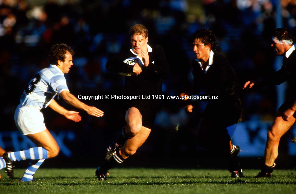 John Kirwan in action during the Rugby World Cup match between the All Blacks and Argentina, 1991. Photo: PHOTOSPORT