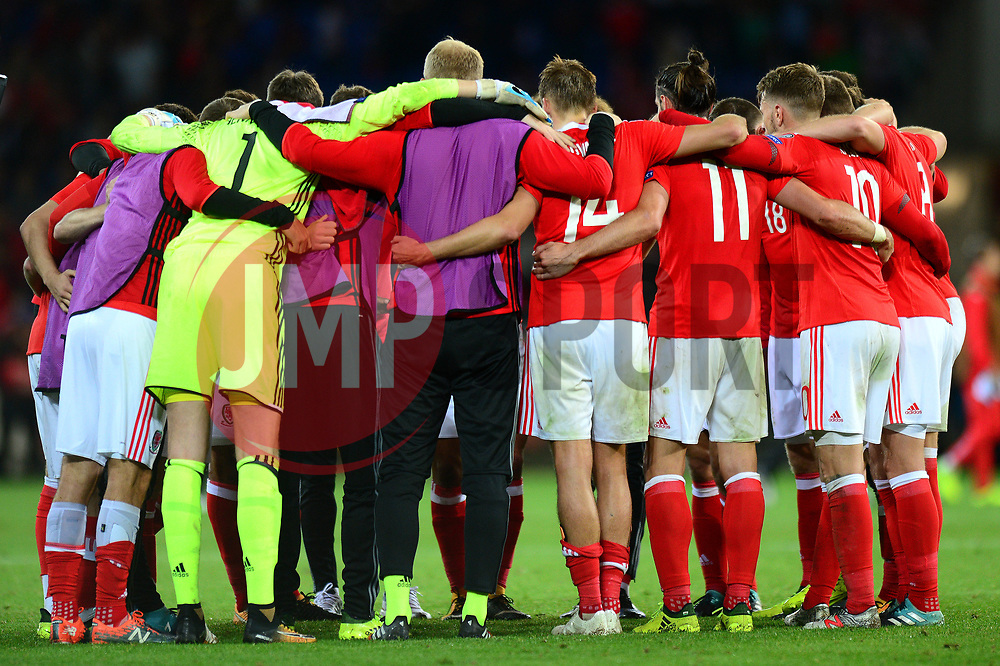 Wales team huddle - Mandatory by-line: Dougie Allward/JMP - 02/09/2017 - FOOTBALL - Cardiff City Stadium - Cardiff, Wales - Wales v Austria - FIFA World Cup Qualifier 2018