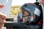 Iris Slappendel in de VeloX 7. In Battle Mountain, Nevada, oefent het team op een weggetje. Het Human Power Team Delft en Amsterdam, dat bestaat uit studenten van de TU Delft en de VU Amsterdam, is in Amerika om tijdens de World Human Powered Speed Challenge in Nevada een poging te doen het wereldrecord snelfietsen voor vrouwen te verbreken met de VeloX 7, een gestroomlijnde ligfiets. Het record is met 121,44 km/h sinds 2009 in handen van de Francaise Barbara Buatois. De Canadees Todd Reichert is de snelste man met 144,17 km/h sinds 2016.<br /> <br /> With the VeloX 7, a special recumbent bike, the Human Power Team Delft and Amsterdam, consisting of students of the TU Delft and the VU Amsterdam, wants to set a new woman's world record cycling in September at the World Human Powered Speed Challenge in Nevada. The current speed record is 121,44 km/h, set in 2009 by Barbara Buatois. The fastest man is Todd Reichert with 144,17 km/h.