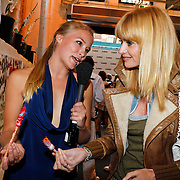 NLD/Amsterdam/20100901 - Glamour magazine bestaat 5 jaar, Geraldine Kemper en Daphne Deckers