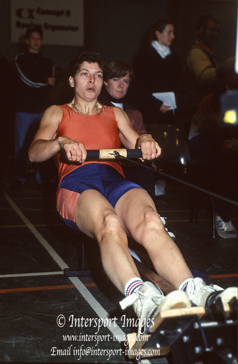 Henley. England.  Patricia REID, competing at the 1991. British Indoor Rowing Championships. Henley College. Henley on Thames.<br /> [Mandatory Credit: Peter SPURRIER/Intersport Images] 1991 British Indoor [Ergo] Rowing Championships, England Stock