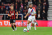James McArthur (18) of Crystal Palace on the attack during the Premier League match between Bournemouth and Crystal Palace at the Vitality Stadium, Bournemouth, England on 1 October 2018.