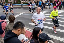 05-11-2017 USA: NYC Marathon We Run 2 Change Diabetes day 3, New York<br /> De dag van de marathon, 42 km en 195 meter door de straten van Staten Island, Brooklyn, Queens, The Bronx en Manhattan / Marco