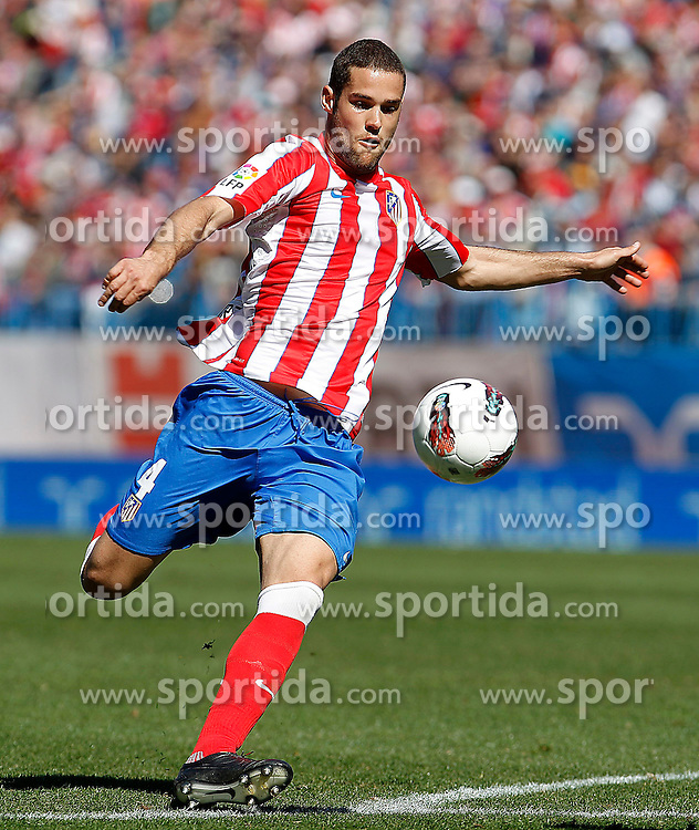 11.03.2012, Vicente Calderon Stadion, Madrid, ESP, Primera Division, Atletico Madrid vs FC Granada, 27. Spieltag, im Bild Atletico de Madrid's Mario Suarez // during La Liga match.March 11,2012 during the football match of spanish 'primera divison' league, 27th round, between Atletico Madrid and FC Granada at Vicente Calderon stadium, Madrid, Spain on 2012/03/11. EXPA Pictures © 2012, PhotoCredit: EXPA/ Alterphotos/ Acero..***** ATTENTION - OUT OF ESP and SUI *****