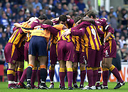 04/10/2003 - Photo  Peter Spurrier.2003/04 Nationwide Football Div 1 Reading Town FC v Bradford City FC.  Pre kick off huddle..