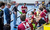 AMSTERDAM - Hoofdklasse zaalhockey. Amsterdam - -Den Bosch heren. Rotterdam-Union.  team Union met coach Pancho van den Broek.  COPYRIGHT KOEN SUYK