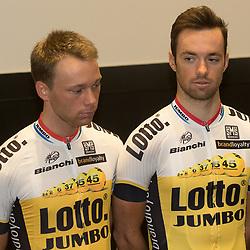 08-01-2016: Wielrennen: Presentatie Lotto Jumbo: Den Bosch<br />'s-HERTOGENBOSCH (NED) wielrennen<br />Team Lotto-Jumbo werd gepresenteerd op het HQ van Brand Loyalty <br />Steven Lammertink