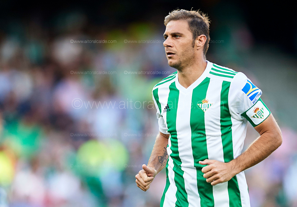 SEVILLE, SPAIN - SEPTEMBER 16:  Joaquin Sanchez of Real Betis Balompie looks on during the La Liga match between Real Betis and Deportivo La Coruna  at Estadio Benito Villamarin on September 16, 2017 in Seville, .  (Photo by Aitor Alcalde Colomer/Getty Images)