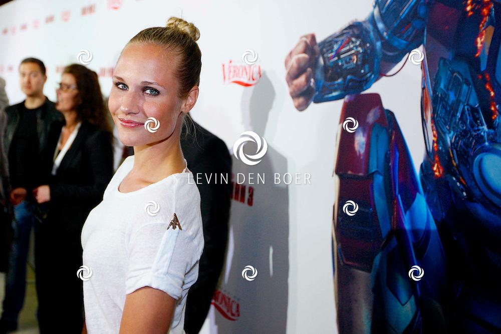 AMSTERDAM - In het Rai theater is de filmpremiere van Iron Man 3. Met op de foto  Kimberly Klaver. FOTO LEVIN DEN BOER - PERSFOTO.NU