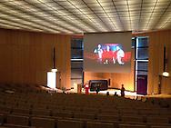 """Projektion """"Zwischen den Welten"""" Dienstag, 9 September 2014, Audimax der Bucerius law School Hamburg"""